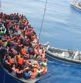 European migrant crisis: Shipwrecks kill up to 700