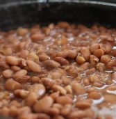 African recipe: Pinto bean soup