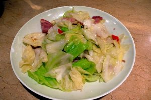 stir_fried_cabbage_and_bacon_%e5%9f%b9%e6%a0%b9%e9%ab%98%e4%b8%bd%e8%8f%9c