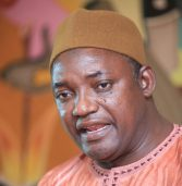 Three more Gambian ministers quit, Barrow to be sworn in on Gambian soil