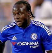 Victor Moses extends stay at Chelsea until 2021
