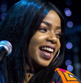 Shekhinah enjoys another landmark