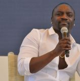 Akon plans solar investments to support Sierra Leone's smart president