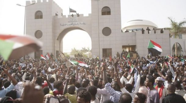 Thousands of Sudanese protesters march call for civil rule